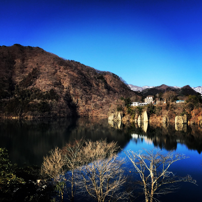 紺碧の赤谷湖