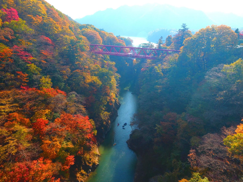 紅葉の駒形峡